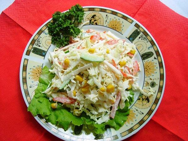 крабовые палочки с китайской капустой салат