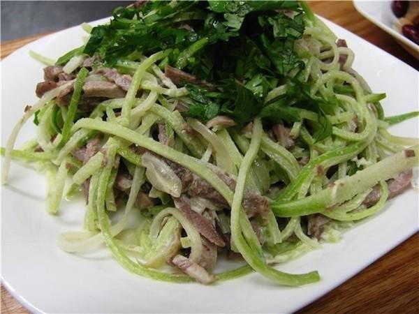 Салат зеленой редькой говядиной рецепт