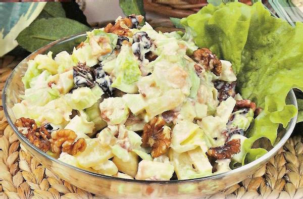 Салат с курицей орехами и ананасом рецепт с