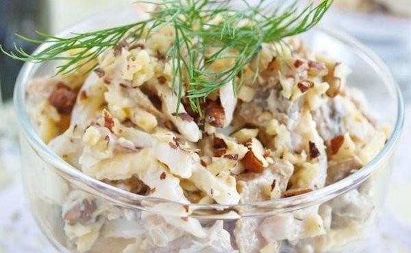 Салаты из кальмаров с грибами рецепты простые и вкусные